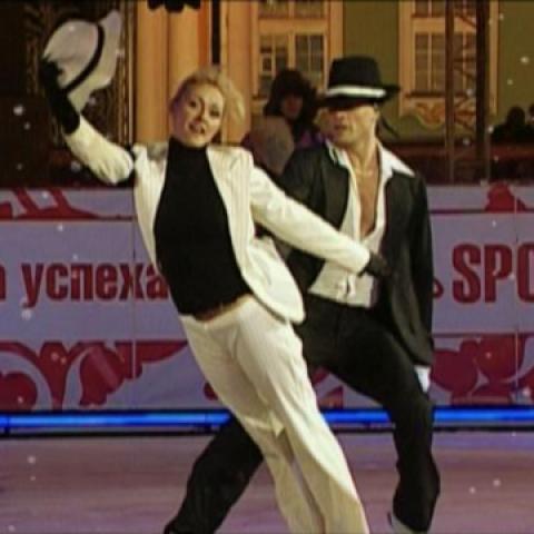 Ледовое шоу двух столиц