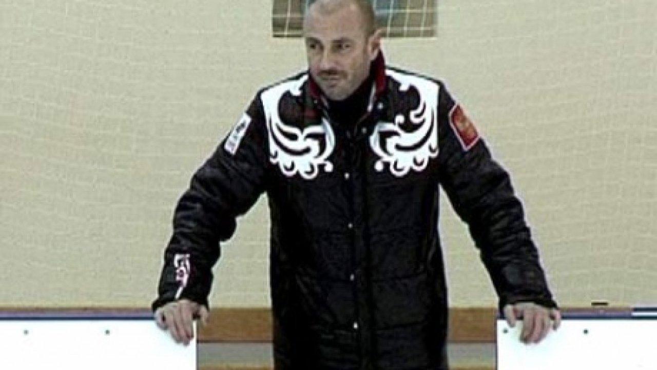 Александр Жулин. Стойкий оловянный солдатик