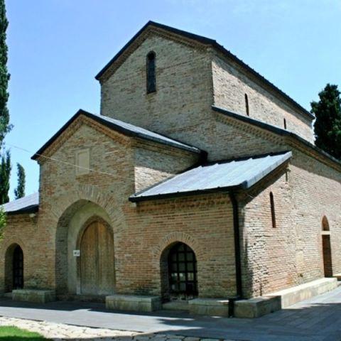 В чужой монастырь со своей солью